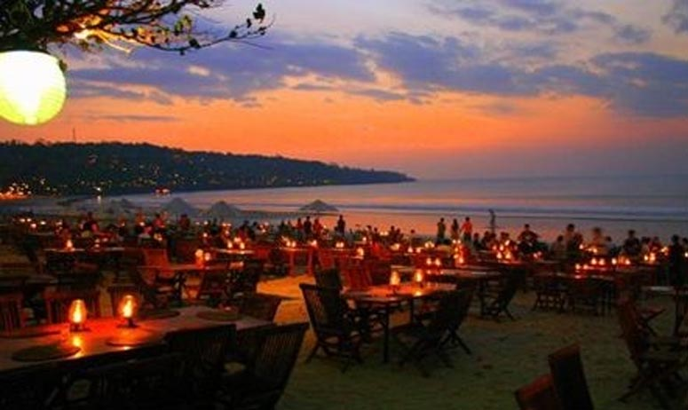 Uluwatu Tour with Spa and romantic dinner